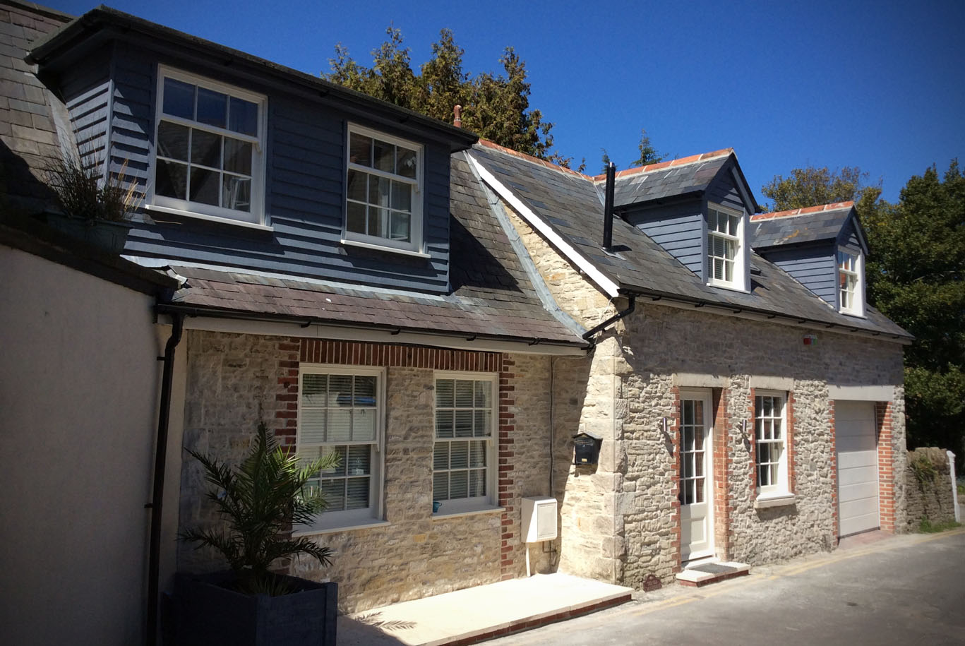 THE OLD BAKE HOUSE, SWANAGE